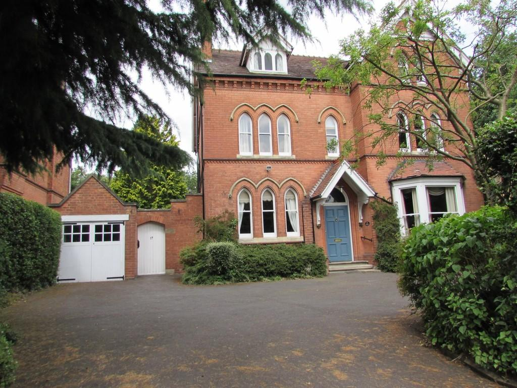 6 Bedrooms Detached House for sale in St. Bernards Road, Solihull
