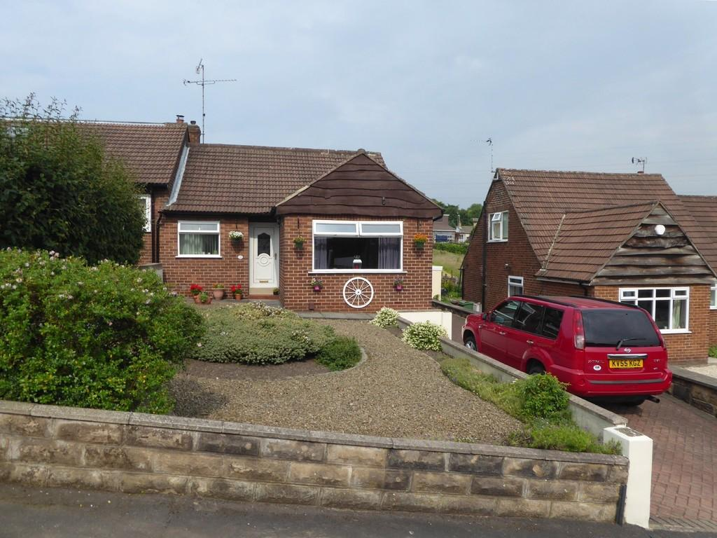 3 Bedrooms Semi Detached Bungalow for sale in Wadlands Rise, Farsley