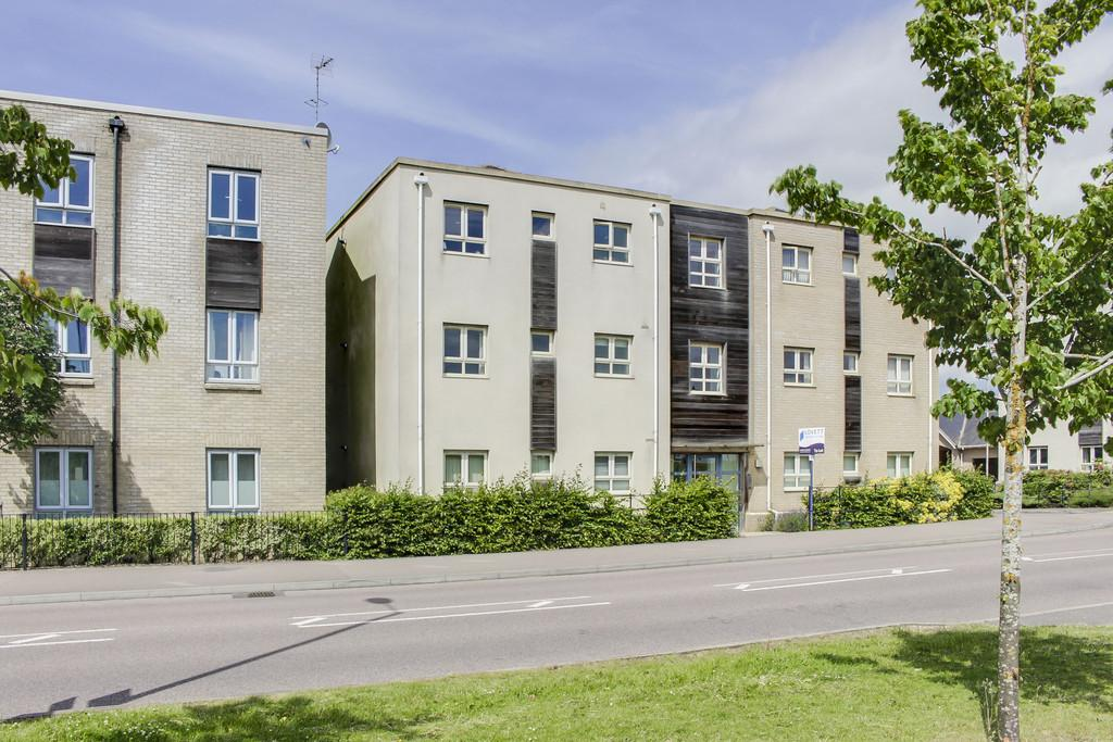 2 Bedrooms Apartment Flat for sale in Cambridge Road, St. Neots