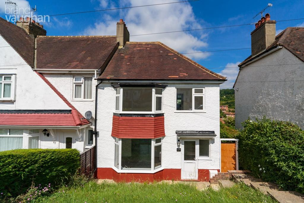 3 Bedrooms Semi Detached House for sale in Widdicombe Way, Brighton, BN2