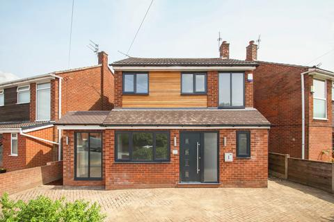 3 bedroom detached house for sale - Bent Lanes, Davyhulme, Manchester, M41
