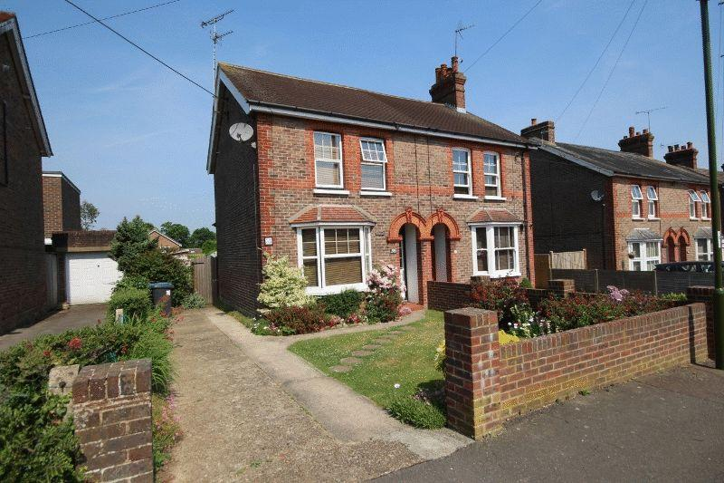 3 Bedrooms Semi Detached House for sale in Western Road, Haywards Heath, West Sussex