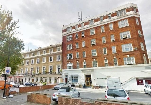 2 Bedrooms Flat for sale in Sussex Gardens