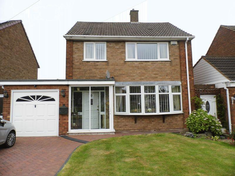 3 Bedrooms Detached House for sale in Broad Way, High Heath, Walsall