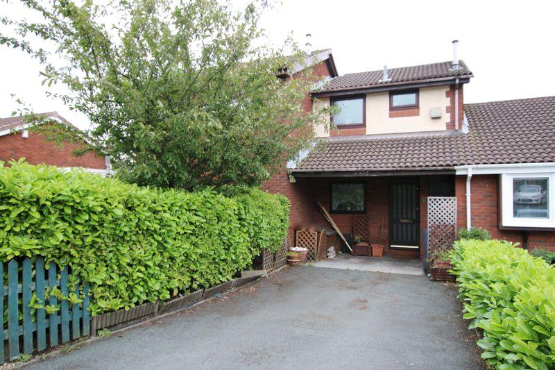 2 Bedrooms Mews House for sale in Rothwell Court, Leyland
