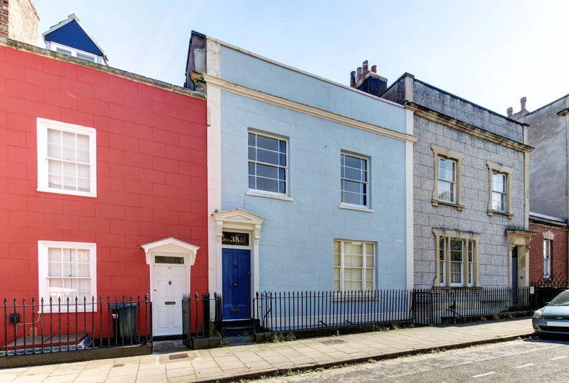4 Bedrooms Terraced House for sale in Kingsdown Parade, Kingsdown