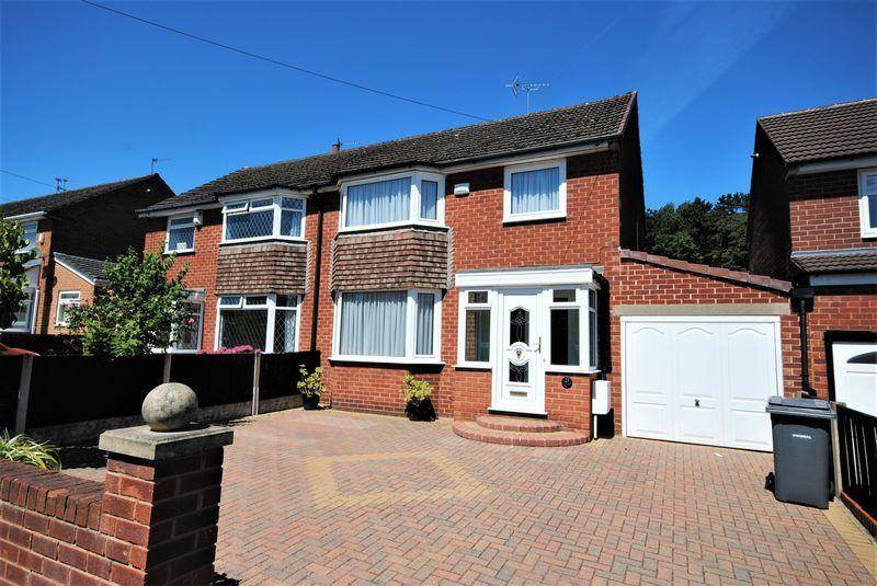 3 Bedrooms Semi Detached House for sale in Doncaster Drive, Upton