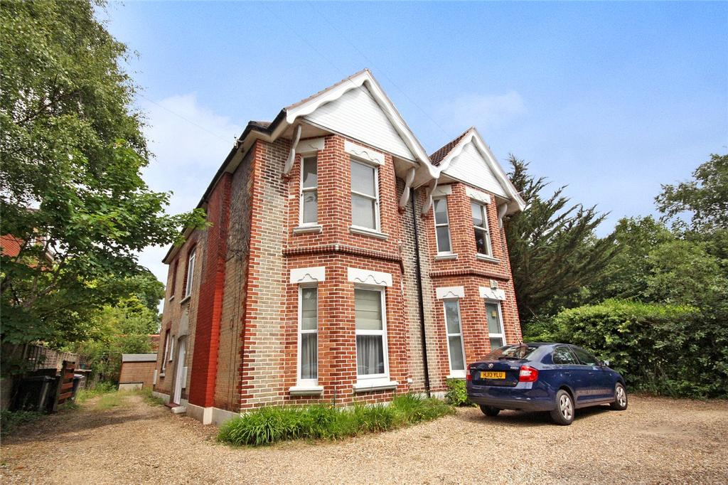 2 Bedrooms Maisonette Flat for sale in Nelson Road, Westbourne, Bournemouth, Dorset, BH4