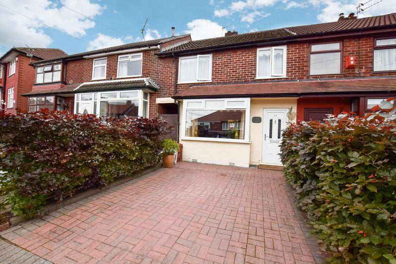 3 Bedrooms Terraced House for sale in Broomhall Road, Manchester