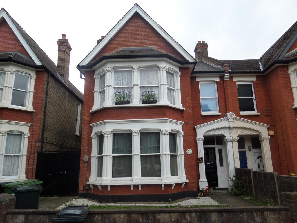 2 Bedrooms Flat for sale in Bargery Road, London