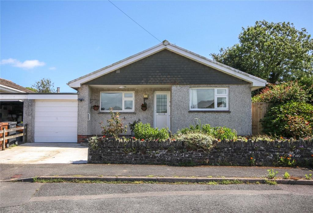 2 Bedrooms Bungalow for sale in Willows Close, Frogmore, Kingsbridge, Devon, TQ7