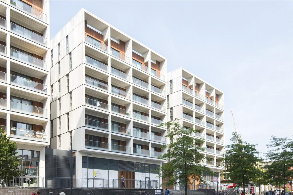 3 Bedrooms Flat for sale in Dekker House, Dalston Square, London, E8