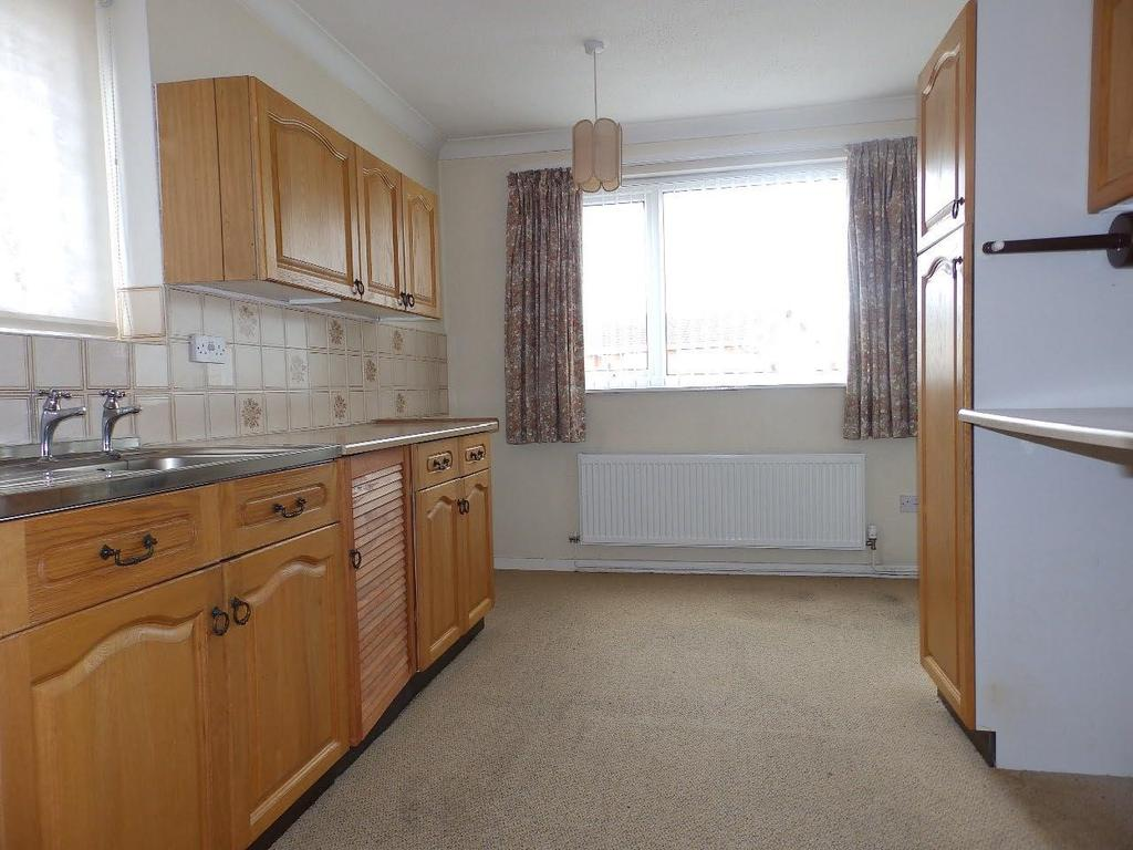 2 Bedrooms Detached Bungalow for sale in Magnolia Court, Rhyl