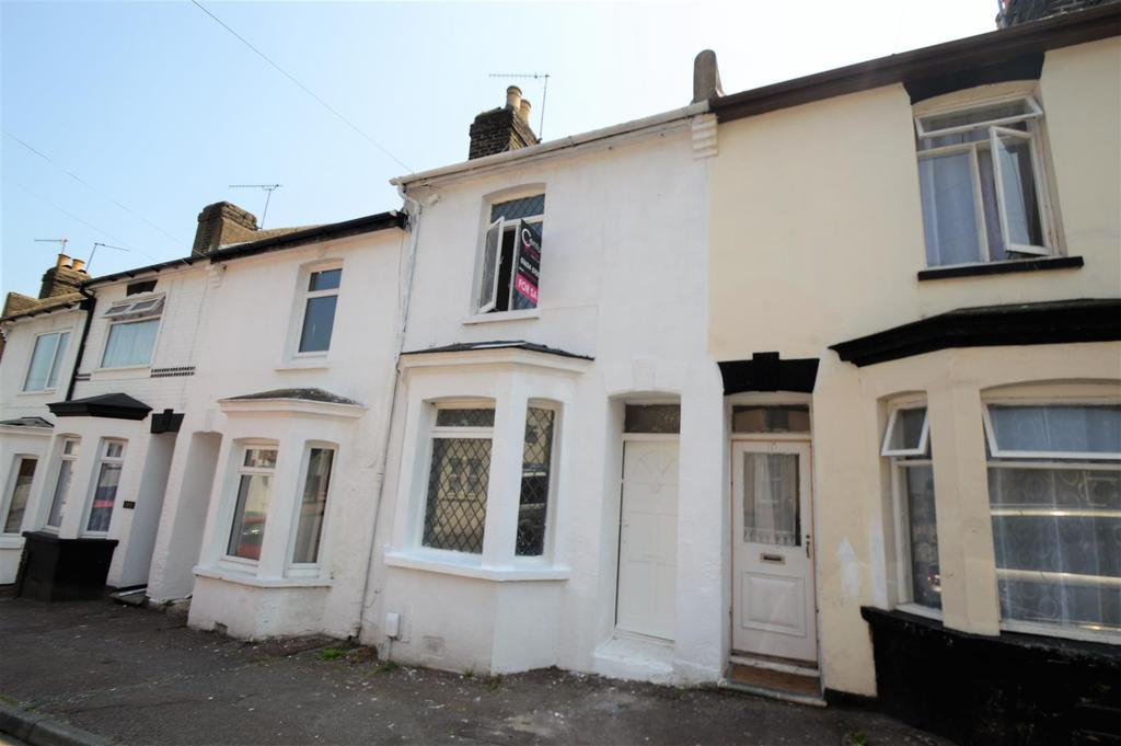 3 Bedrooms House for sale in Castle Road, Chatham