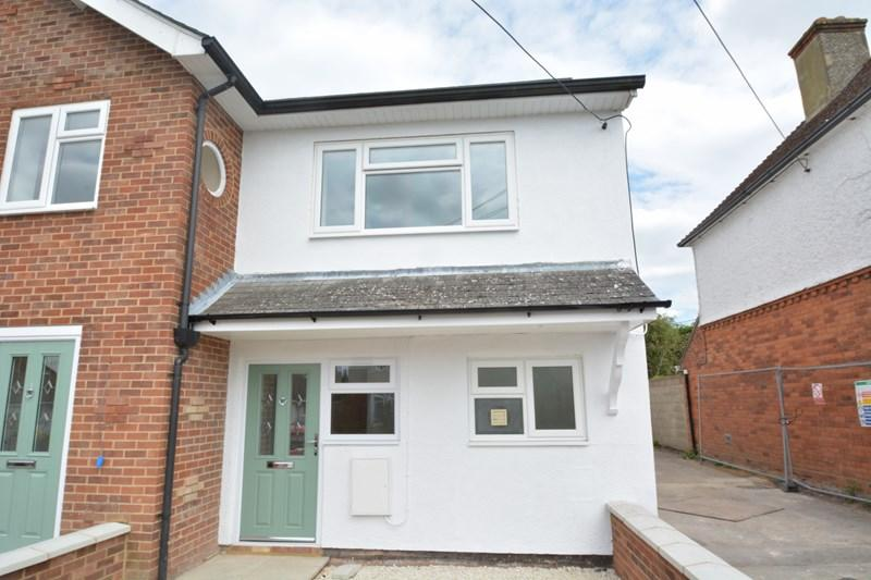 2 Bedrooms Semi Detached House for sale in Belle Vue Road, Andover