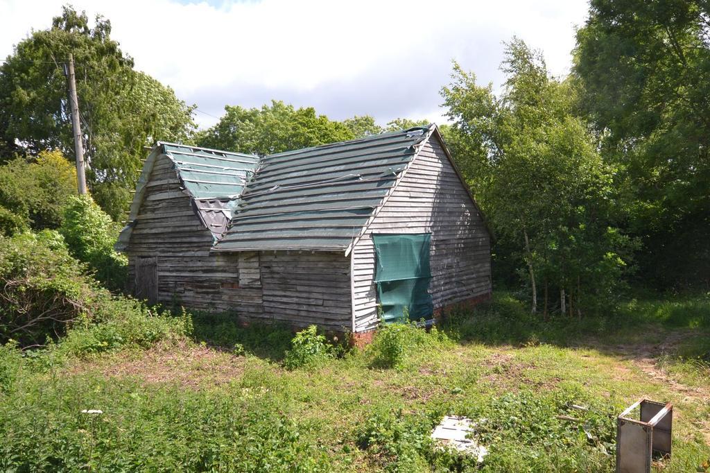 2 Bedrooms Barn Character Property for sale in Biddenden, TN27
