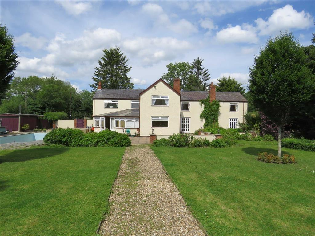 4 Bedrooms Detached House for sale in Overton-on-Dee, Nr Wrexham, LL13