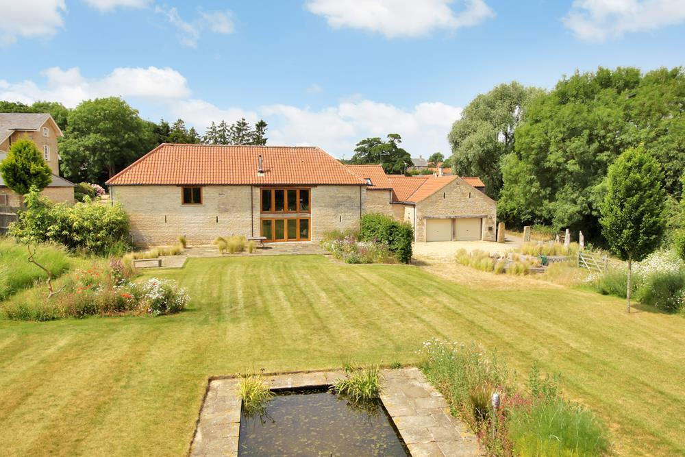 5 Bedrooms Barn Conversion Character Property for sale in Aisby, Grantham