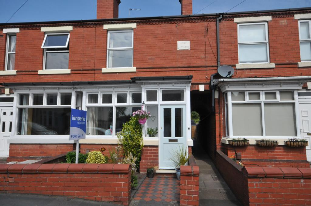 3 Bedrooms Terraced House for sale in OLDSWINFORD - Corser Street
