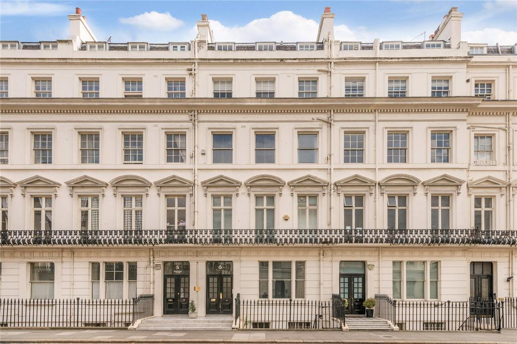 1 Bedroom Flat for sale in Strathearn Place, The Hyde Park Estate, London