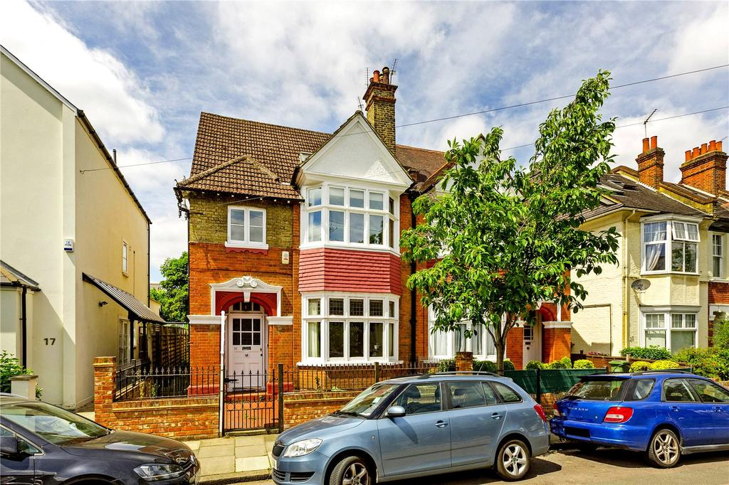 4 Bedrooms Semi Detached House for sale in Elm Road, London, SW14