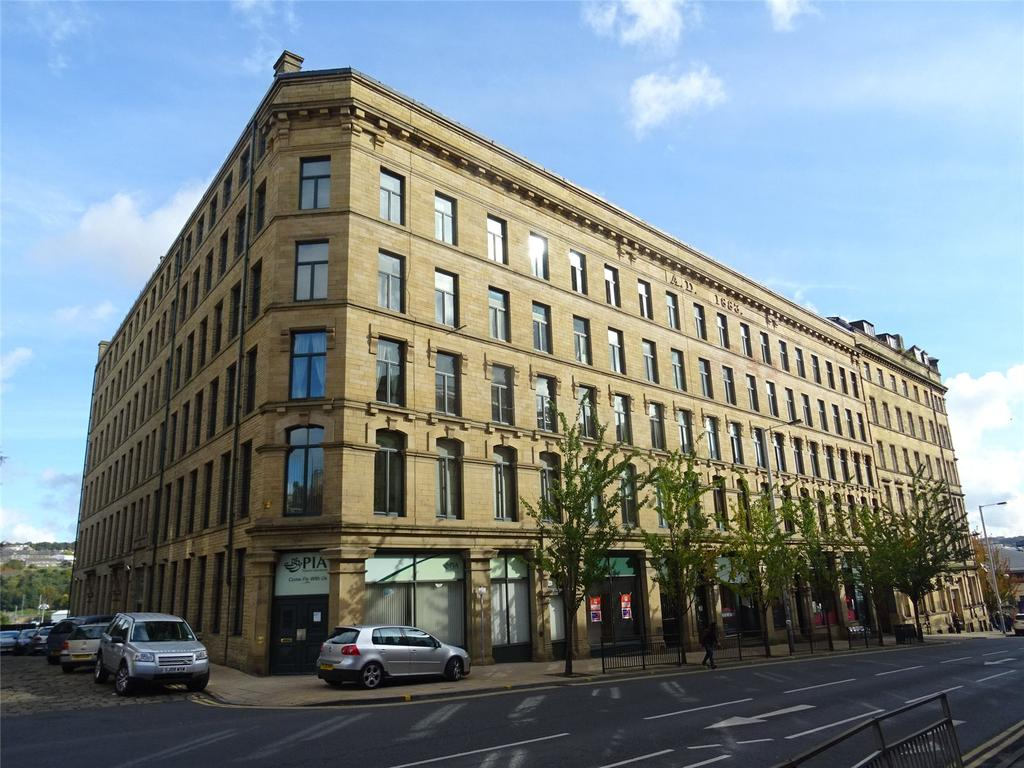 2 Bedrooms Apartment Flat for sale in Broadgate House, Bradford, BD1