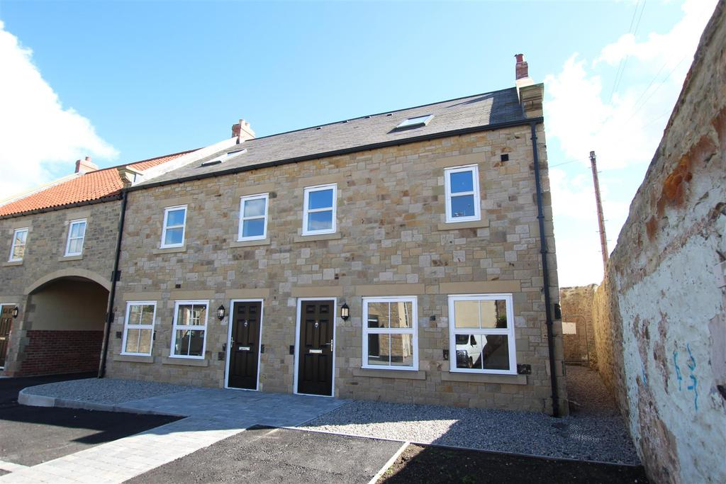 4 Bedrooms Town House for sale in The Old School, Staindrop