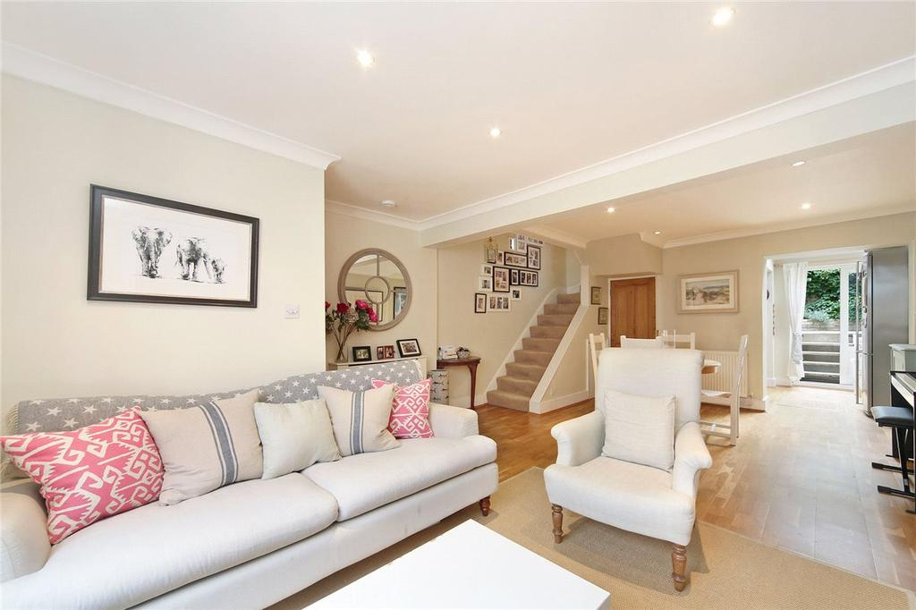 2 Bedrooms Apartment Flat for sale in Reporton Road, London, SW6