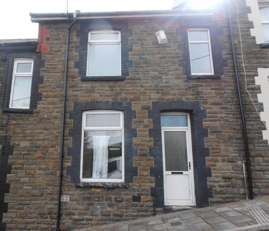 3 Bedrooms Terraced House for sale in Burns Street, Cwmaman, Aberdare