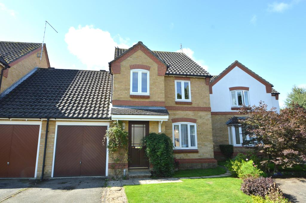 4 Bedrooms Link Detached House for sale in Kaye Don Way, Weybridge KT13
