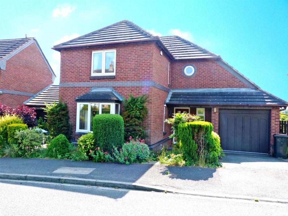 3 Bedrooms Detached House for sale in 5 Station Drive Ripon HG4 1JA