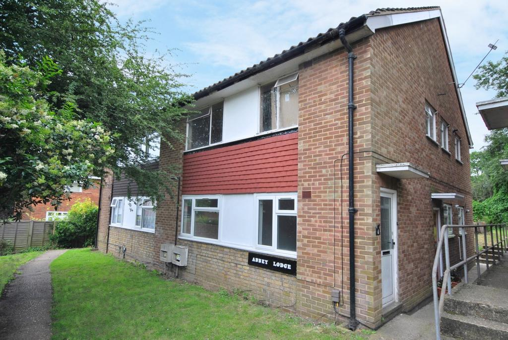 2 Bedrooms Maisonette Flat for sale in Wydeville Manor Road Grove Park SE12