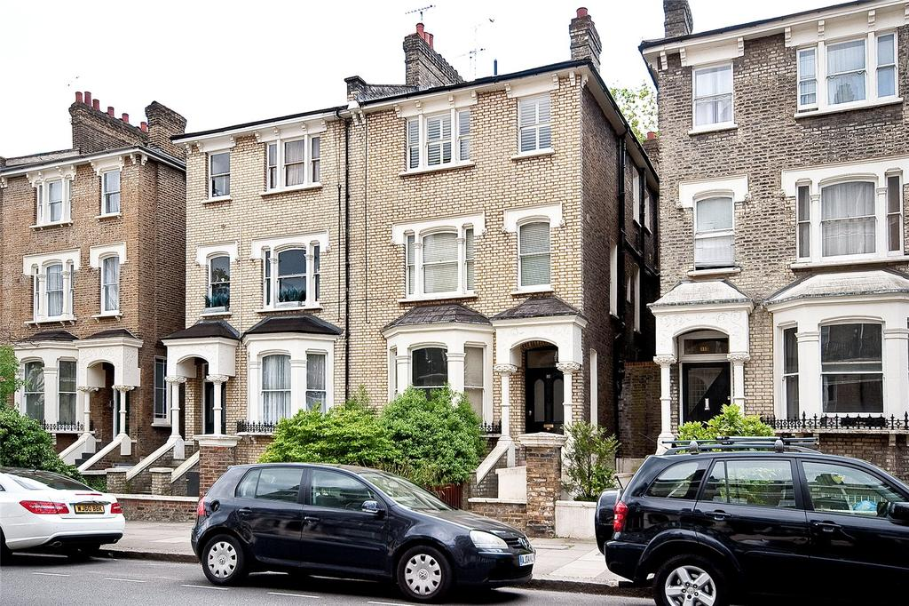 3 Bedrooms Flat for sale in Randolph Avenue, London