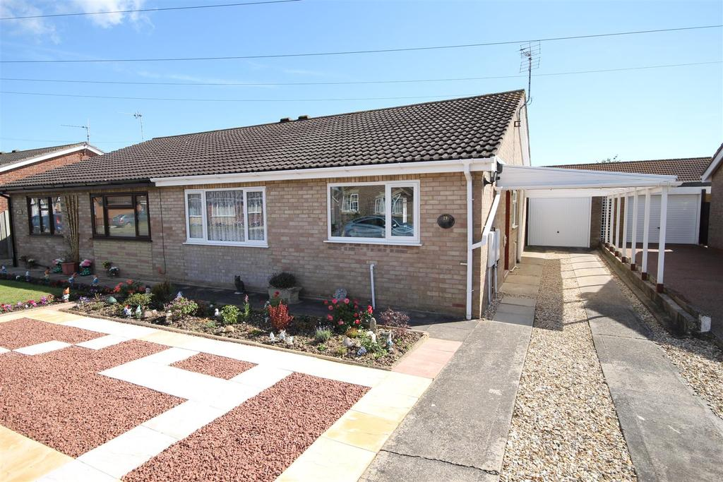 2 Bedrooms Semi Detached Bungalow for sale in 29 Mayflower Way, Mablethorpe