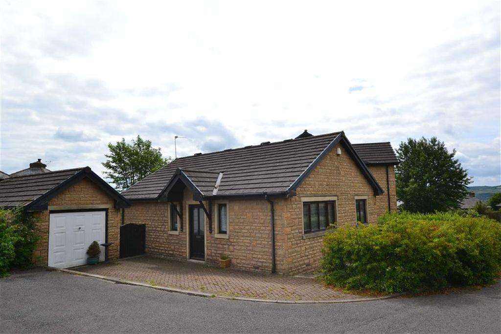 2 Bedrooms Detached Bungalow for sale in Ellerbeck Close, Burnley, Lancashire