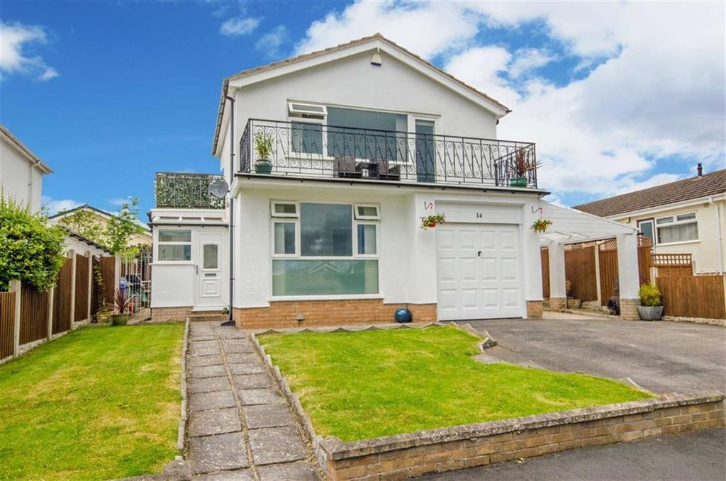 3 Bedrooms Detached House for sale in Clwydian Park Crescent, St Asaph, St Asaph