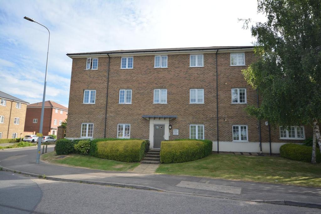 2 Bedrooms Apartment Flat for sale in Pitfield House, Panfield Lane, Braintree, Essex, CM7
