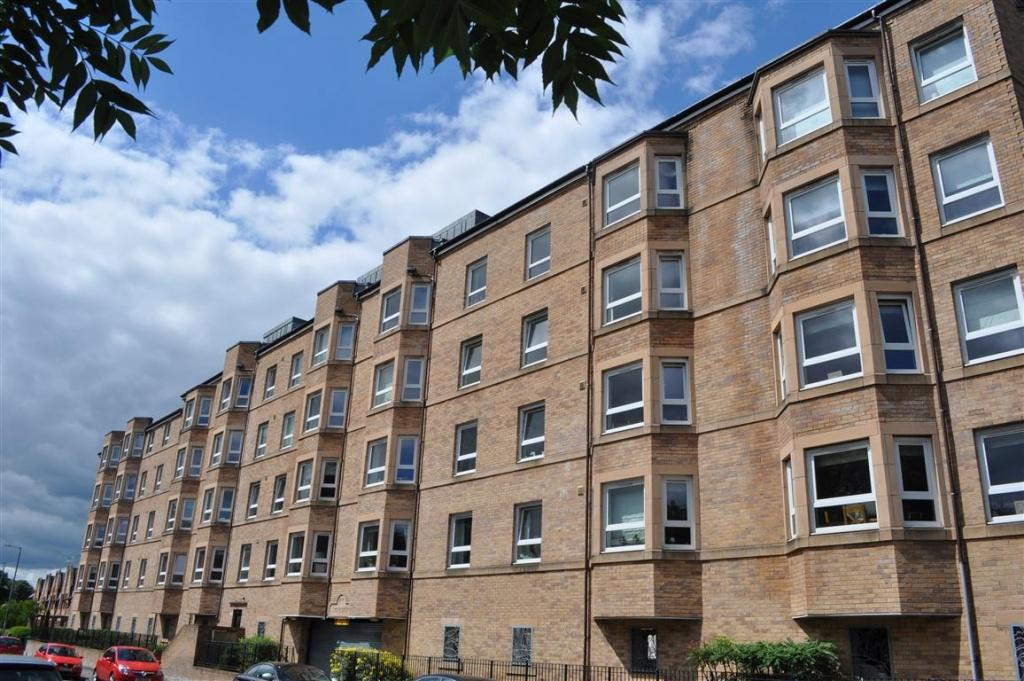 2 Bedrooms Flat for sale in Flat 3/3, 36 Afton Street, Shawlands, G41 3BY