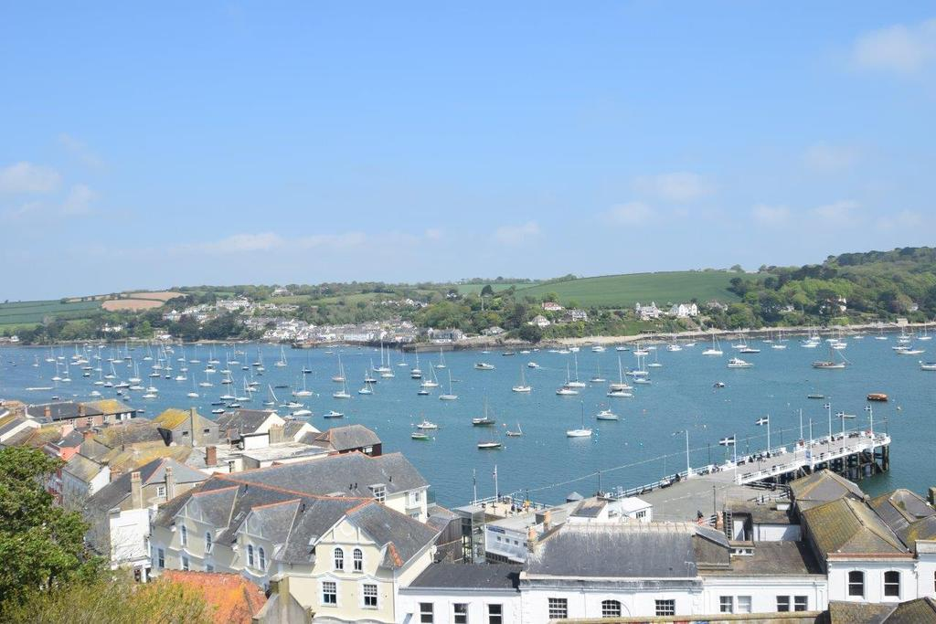 4 Bedrooms Terraced House for sale in Vernon Place, Falmouth