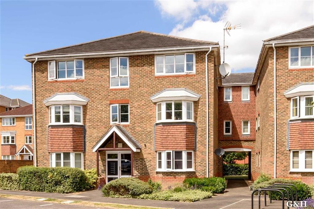 2 Bedrooms Flat for sale in Peter Candler Way, Kennington, Kent