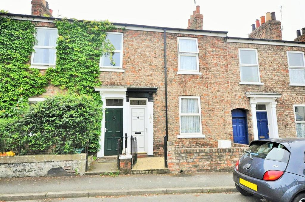 alma terrace fishergate york 2 bed terraced house 250 000