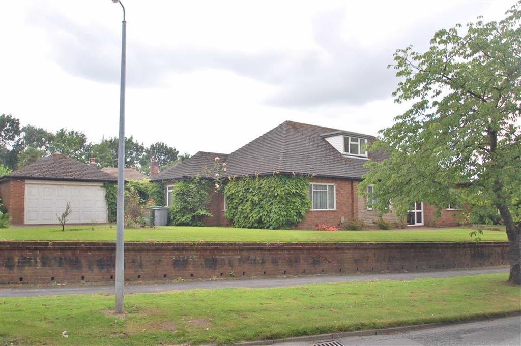3 Bedrooms Detached Bungalow for sale in Stanneylands Road, Wilmslow, Cheshire