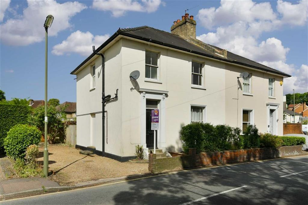 3 Bedrooms Semi Detached House for sale in Woodcote Road, Epsom, Surrey
