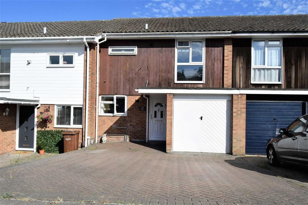 3 Bedrooms Terraced House for sale in Lonsdale Drive, Rainham, Kent, ME8