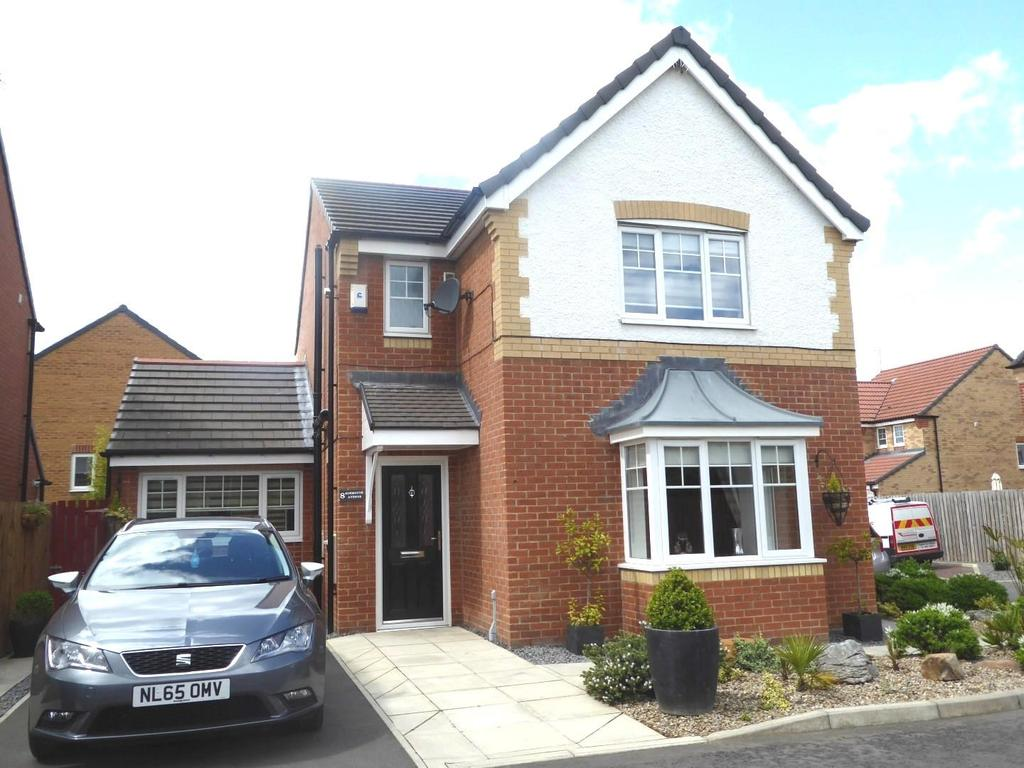 3 Bedrooms Detached House for sale in Alnmouth Avenue, Ashington