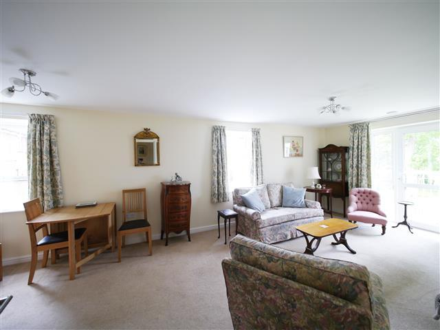 1 Bedroom Apartment Flat for sale in Dukes Court, Wellington TA21