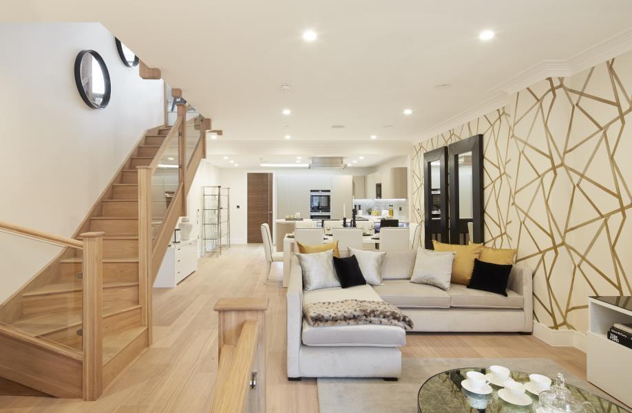 4 Bedrooms House for sale in Merchant Terrace, Ravenscourt Park W6