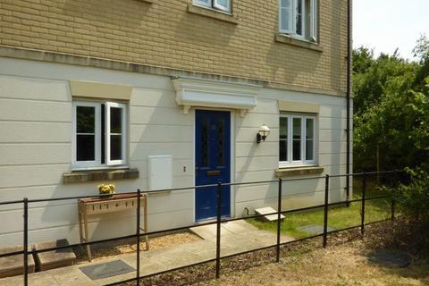2 bedroom ground floor flat to rent - Murfitt Close, ELY, Cambridgeshire, CB6