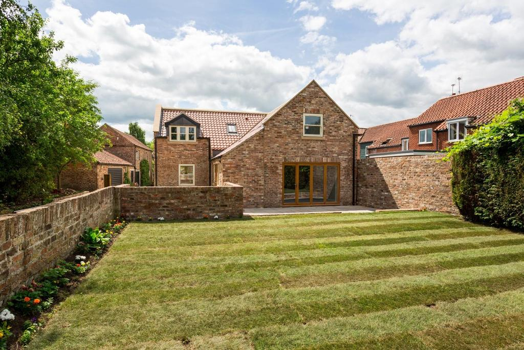 4 Bedrooms Barn Conversion Character Property for sale in Osbaldwick Village, Osbaldwick, York