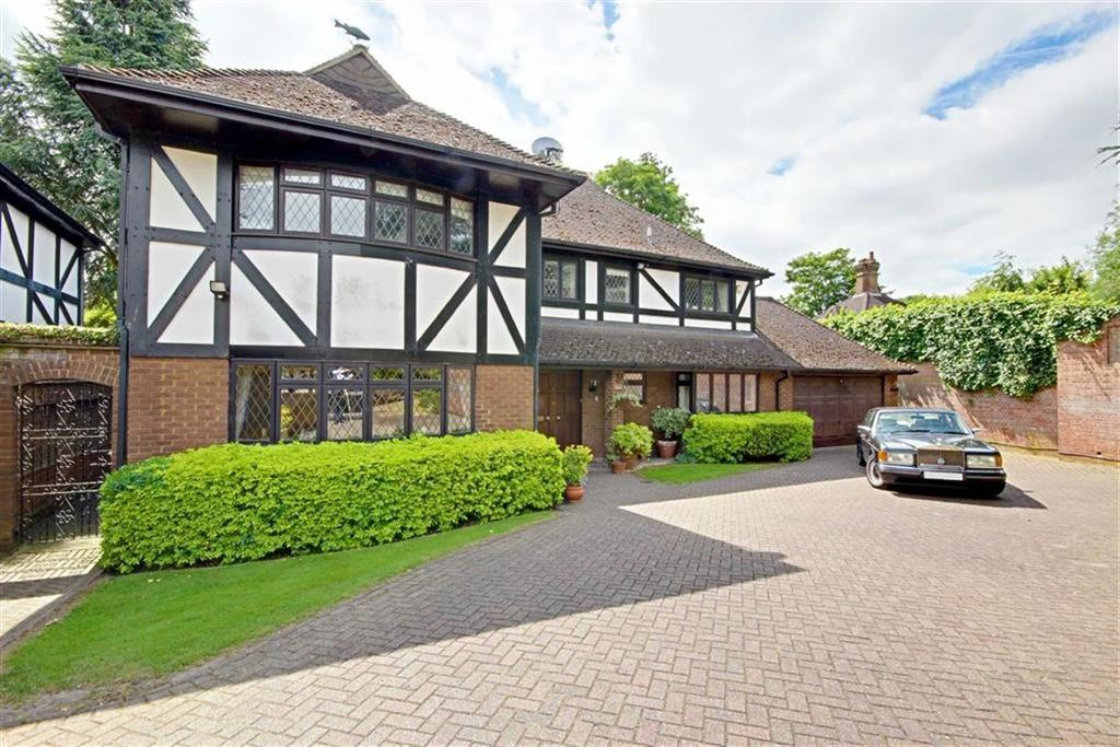5 Bedrooms Detached House for sale in The Sycamores, Radlett, Hertfordshire